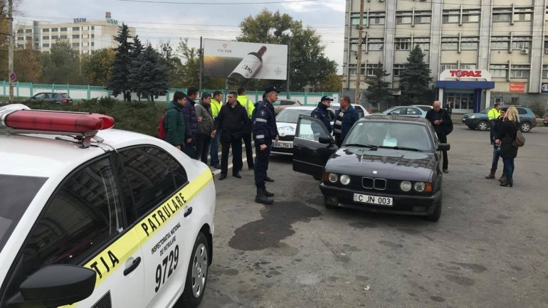 Unauthorized taxis services investigated all over Chisinau