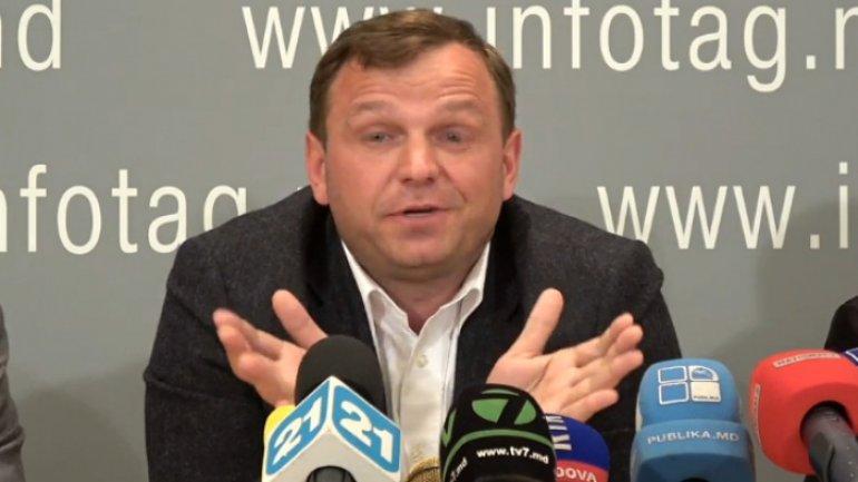DA leader chastises Government over reforms