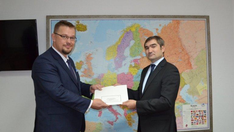 Deputy minister, Lilian Darii met ambassador Bartolomiej Zdaniuk