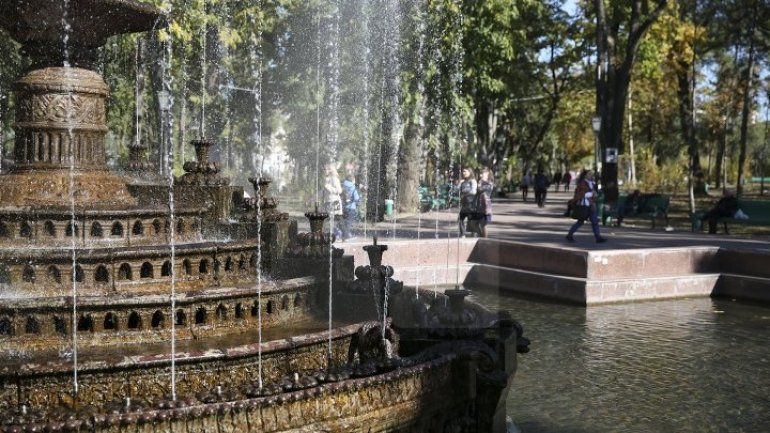 Traders no longer appear in Stefan cel Mare and Cathedral parks