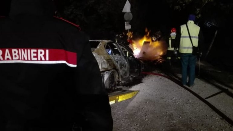 Drunk driving Moldovan crashed and burned down his BMW car