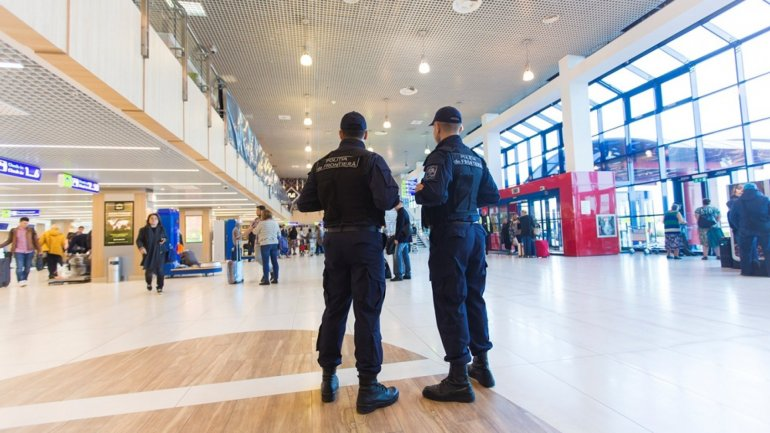 Four Russians investigated for theft and Chisinau International Airport employees harassment