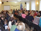 Teachers from Ungheni met Education Minister Monica Babuc and expressed their support for curriculum reform