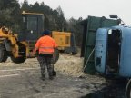 Truck carrying sand overthrown near Edineț as driver lost control