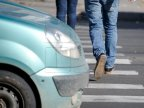 The only one hero in this pedestrian's soul. How drivers abide by road signs (video)