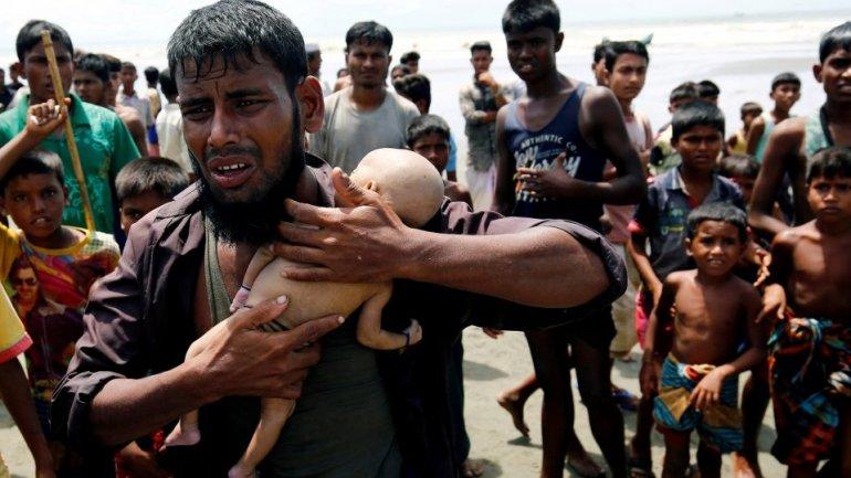 Bangladesh signed deal to return Myanmar's Rohingya Muslims