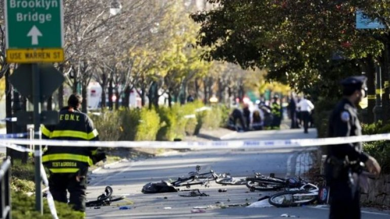 New York attack: 8 killed, 11 injured. Note found claims ISIS terrorist (Video/Photos)