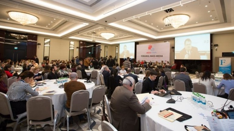Most important problems of press discussed within Mass Media Forum