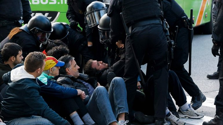 Protesters blocked streets across Catalonia to demand freedom of jailed pro-independence politicians