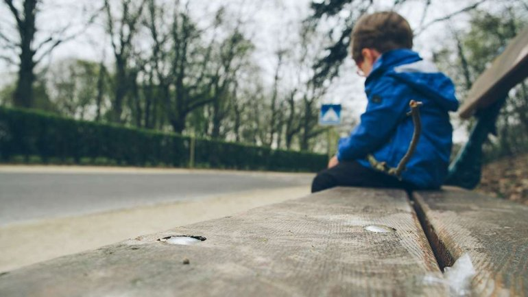 Child found wandering alone in Poșta Veche (Photo)