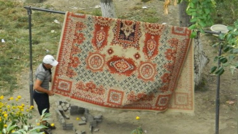 Orhei will ban dusting rugs and setting up laundry in backyards