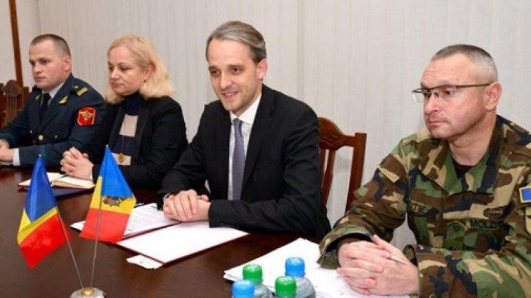 Defence Minister met Romanian Ambassador to Republic of Moldova