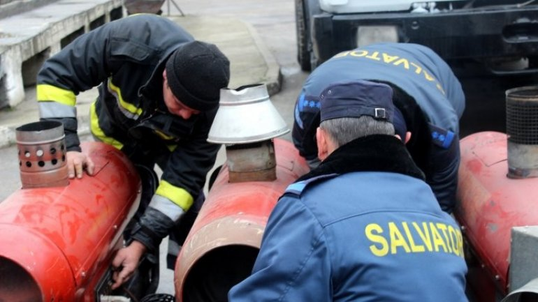 Emergency Situations raised alarm over 200 rescuers from Chişinău, Bălţi this morning