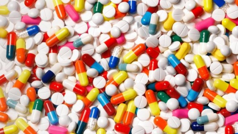 Pharmacists fined over 100 thousand lei as selling antibiotics without prescription