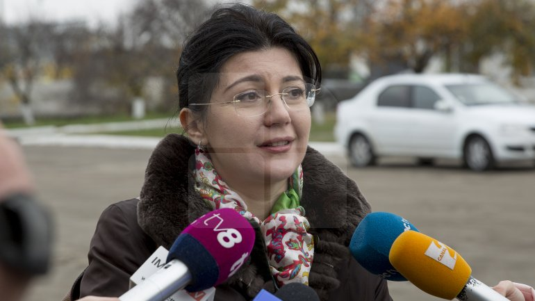 Interim Mayor Silvia Radu pledged to tackle Exdrupo's outdated cars to face incoming winter (PHOTOREPORT)
