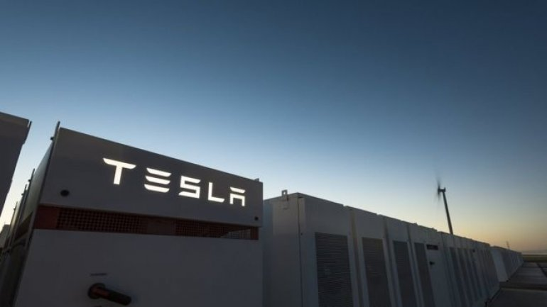 Elon Musk's gamble paid off again. World's largest battery installed in Australia in less than 100 days