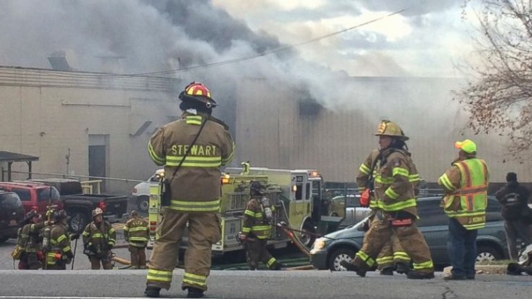 New York cosmetics factory explosions left 1 dead and 35 injured, including 7 firefighters