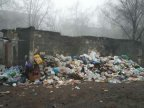 Bălţi locals suffer epidemic of unevacuated garbage for a week (Photoreport)