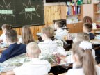 Survey: Pupils from Moldova should wear school uniforms