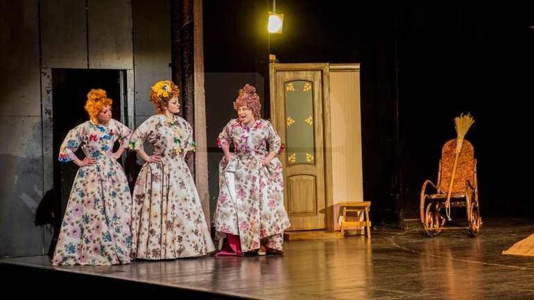 Theatres from Moldova celebrate today National Actors Day