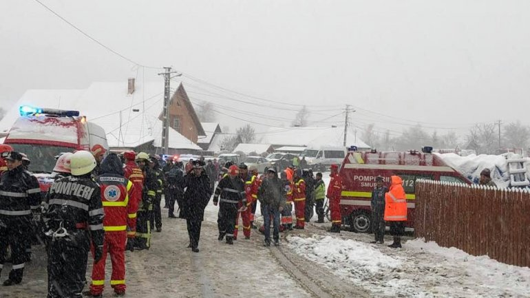 Warning gruesome images. New pictures of minibus accident from Romania