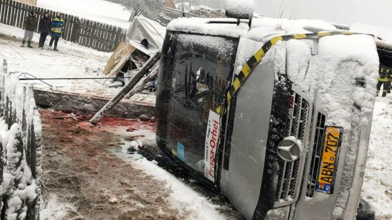 Minibus accident in Romania. Company took upon itself to ensure everyone is brought back home