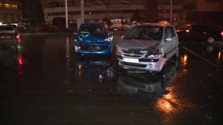 1 injured after nighttime car accident in Capital