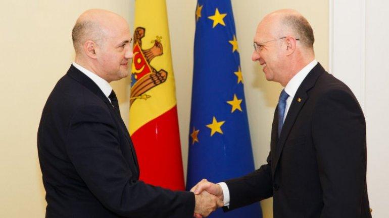Premier Pavel Filip met with head of EBRD representation, Dmitri Gvindadze