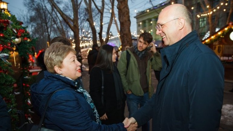 Prime Minister Filip discussed with Diaspora representatives at Christmas Fair