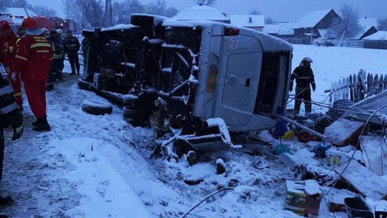 Minibus going Orhei - Praga overthrown in Harghita district: 2 dead and 7 injured (Photo)