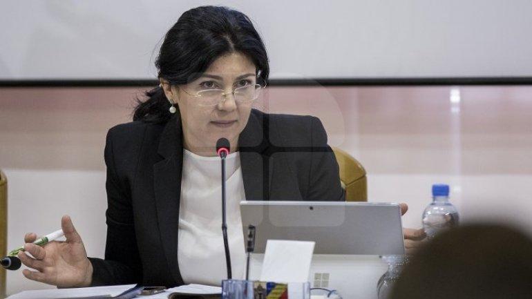 Silvia Radu requested head of bus garage, Iacob Capcelea, to resign