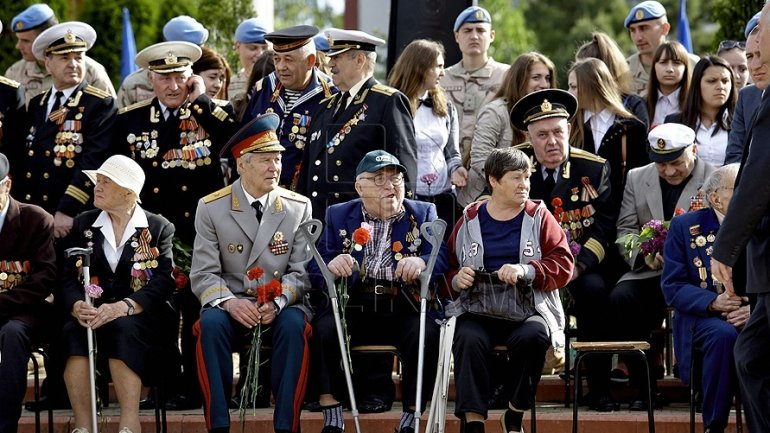 Government organized Christmas Surprise for veterans from Capital