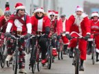 Cyclists from Capital visited over 400 families bringing Christmas gifts