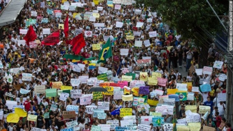 Women protest in Brazil against government's intention to further restrict access to abortion