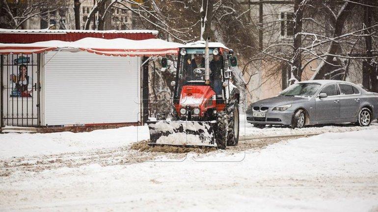 ORANGE Warning of sleet: 45 specialized vehicles deployed to work non-stop in Chisinau