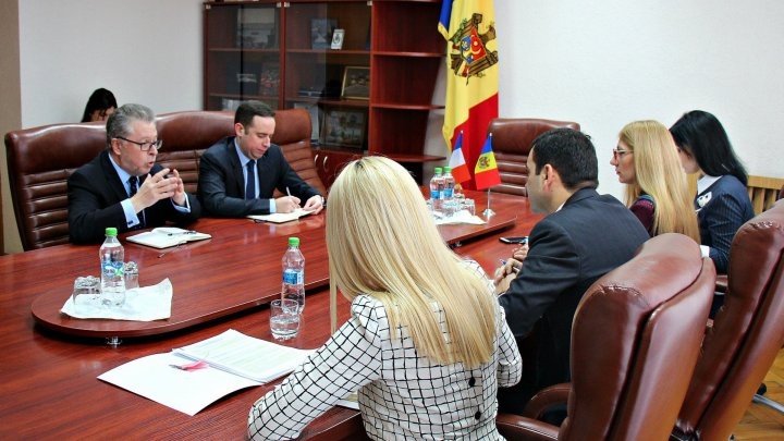 France supports Moldova's economic reform and wishes to strengthen commercial relations