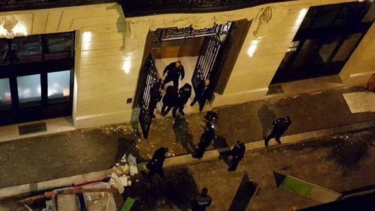 Armed robbery in Paris. Thieves got away with 4.5 mln euro worth of goods