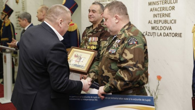 Three war veterans received one-room apartment in Chisinau (Photo)