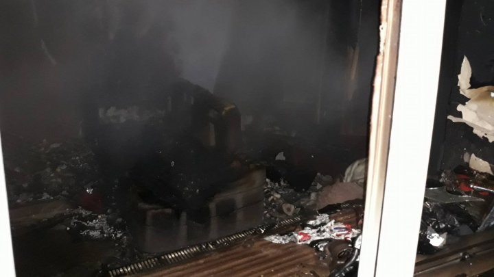Apartment from Râșcani sector burned to ashes by morning fire