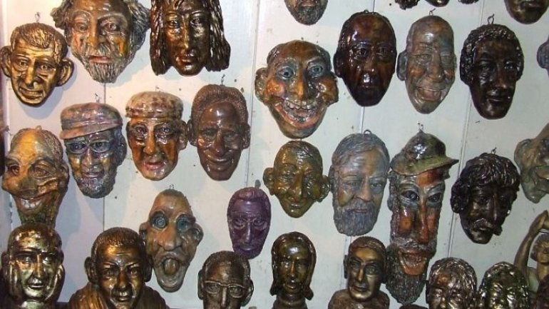 Mask Game to cast out evil spirits and make new year prosperous held in Drochia