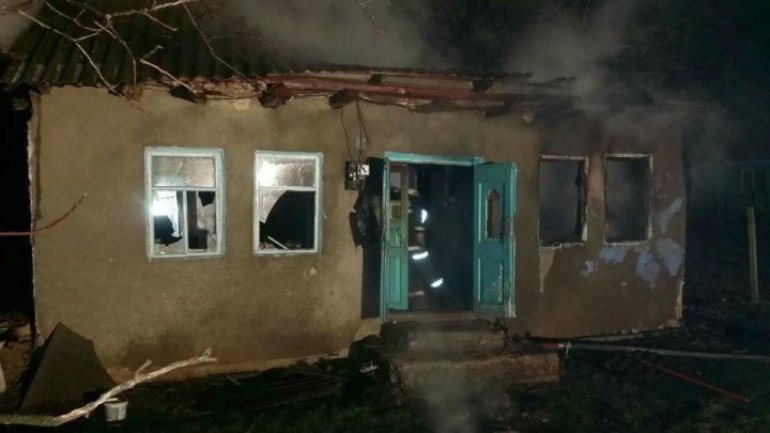 Tragedy in Straseni district. Man died after his house caught fire