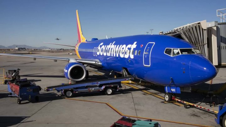John Wayne Airport partially shutdown after Southwest Airlines plane started emitting smoke