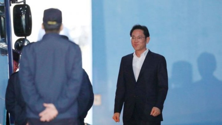 Samsung heir walks free. South Korean Court suspended Lee Jae-yong's prison sentence