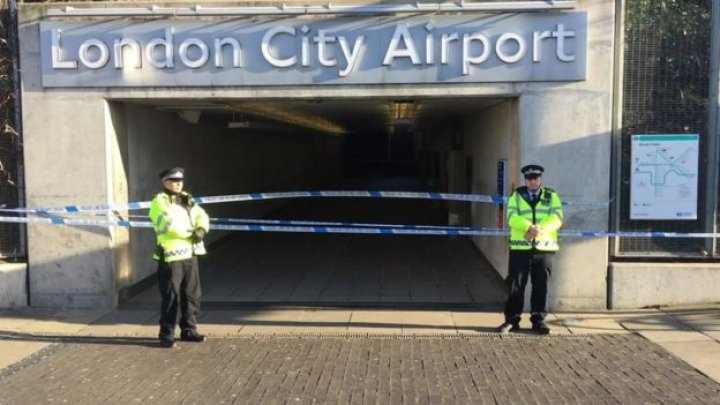 London City Airport closed after WW2 bomb was found nearby in the River Thames