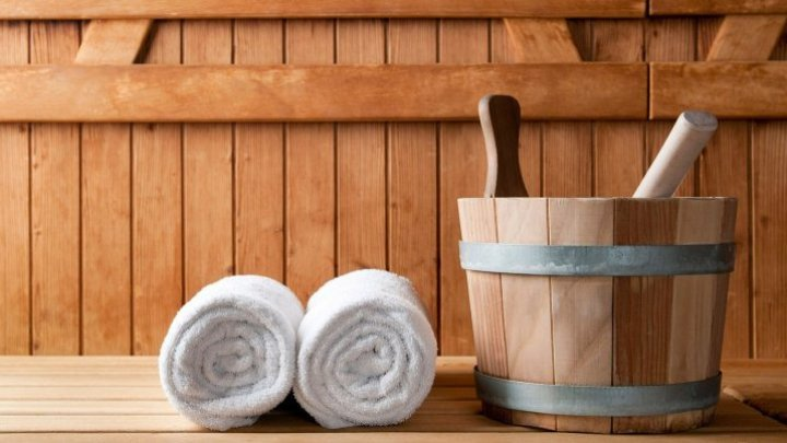People scammed out of money by a sauna owner