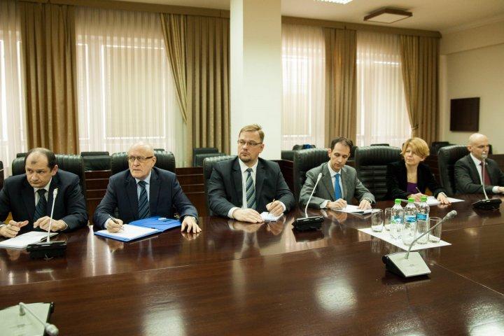 Iurie Leancă and Alexandru Tănase spoke with EU and U.S. Ambassadors regarding the justice reform