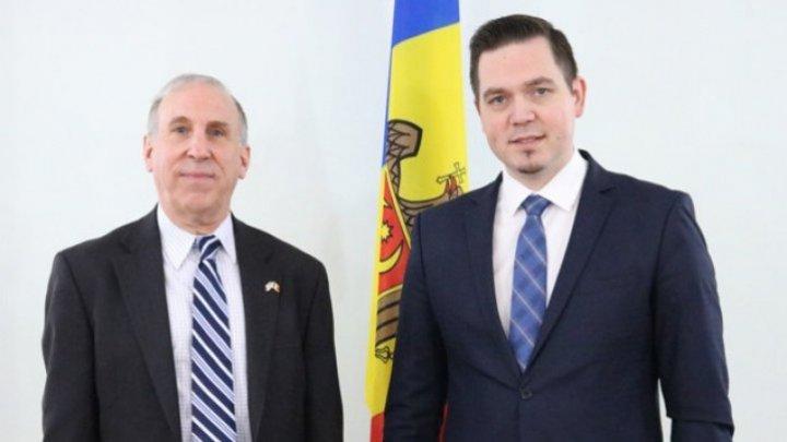Tudor Ulianovschi met James Pettit, US Ambassador to Republic of Moldova