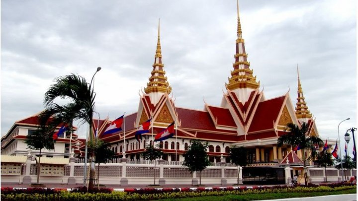 Cambodia parliament adopts law forbidding people from insulting the monarchy