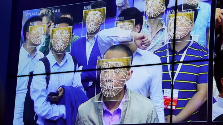 Chinese police are using sunglasses equipped with facial-recognition technology