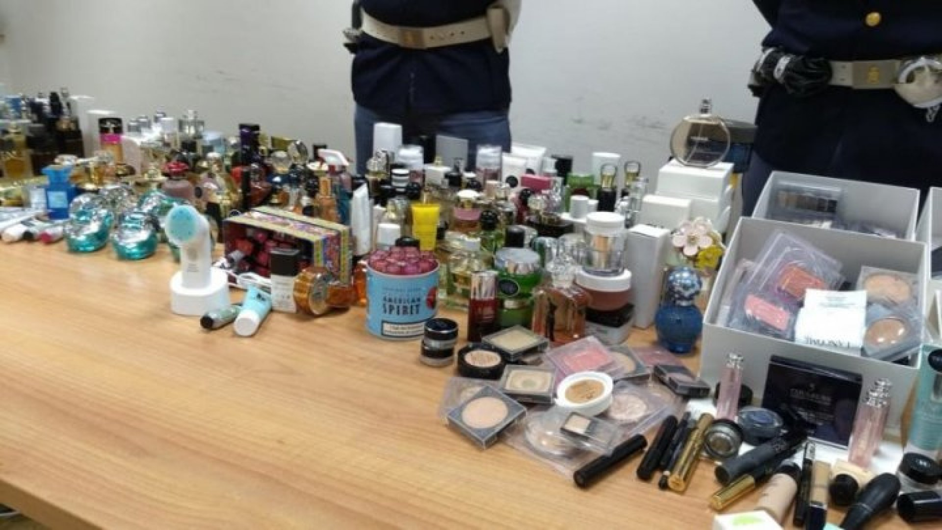 A Moldovan And Two Colleagues Caught Stealing Perfumes From A Duty